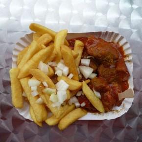 Der große Frankfurter Currywurst-Test: Heute: Teil VI – Curry Taunus 25 - Taunusstraße 25